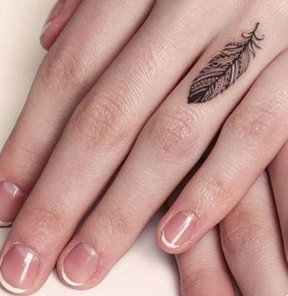 571143530 50 delicate and tiny finger tattoos to inspire your first (or next ...