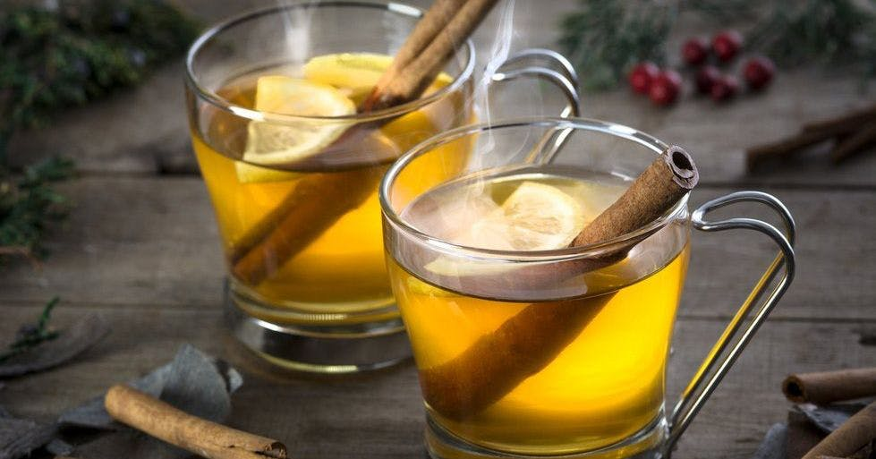 Christmas Cocktails With Gin