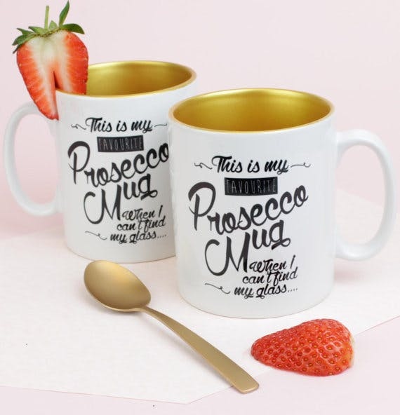 16 Amazing Prosecco Themed Christmas Gifts