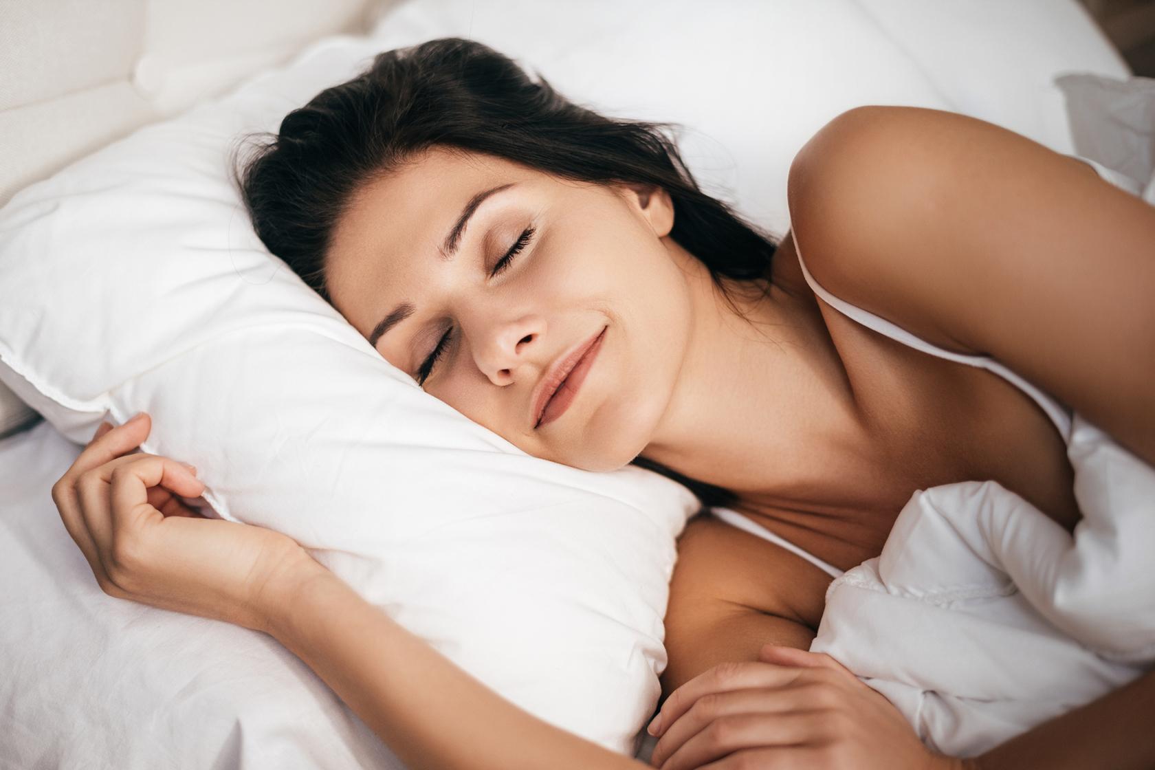 wash your pillowcase to avoid lash
