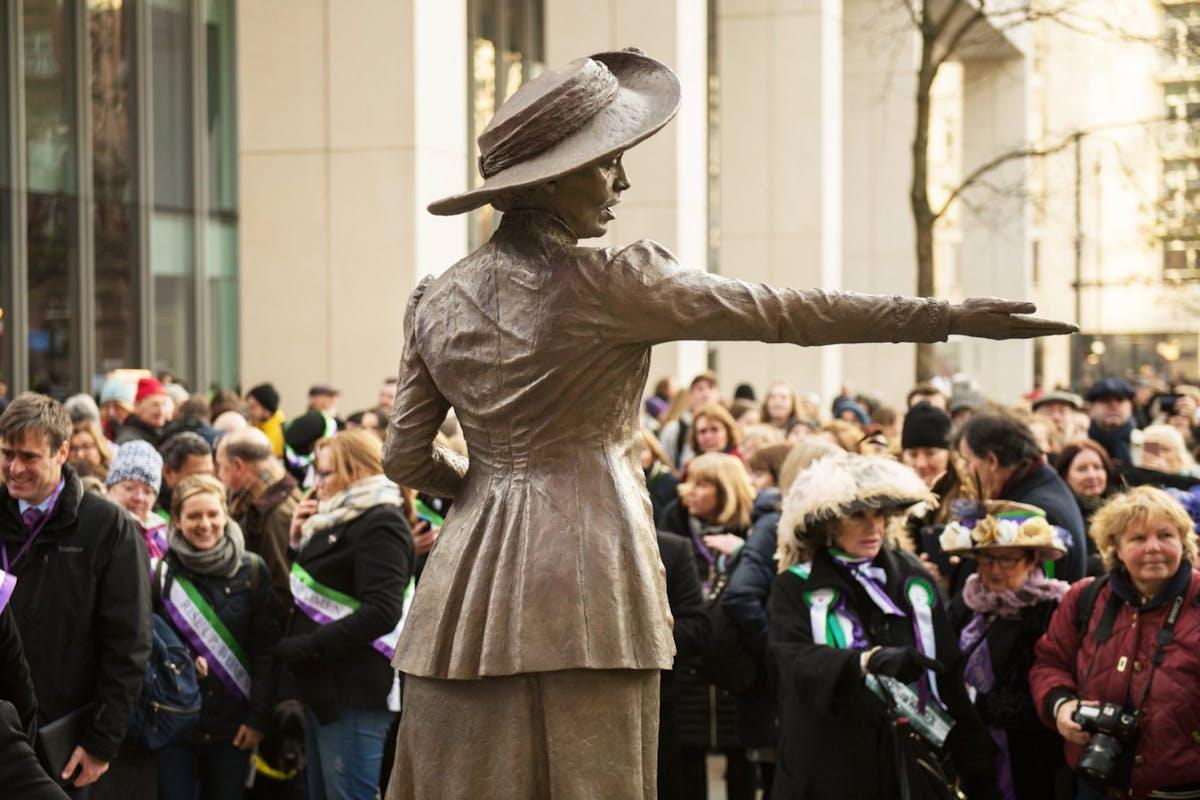 Emmeline Pankhurst statue, Manchester