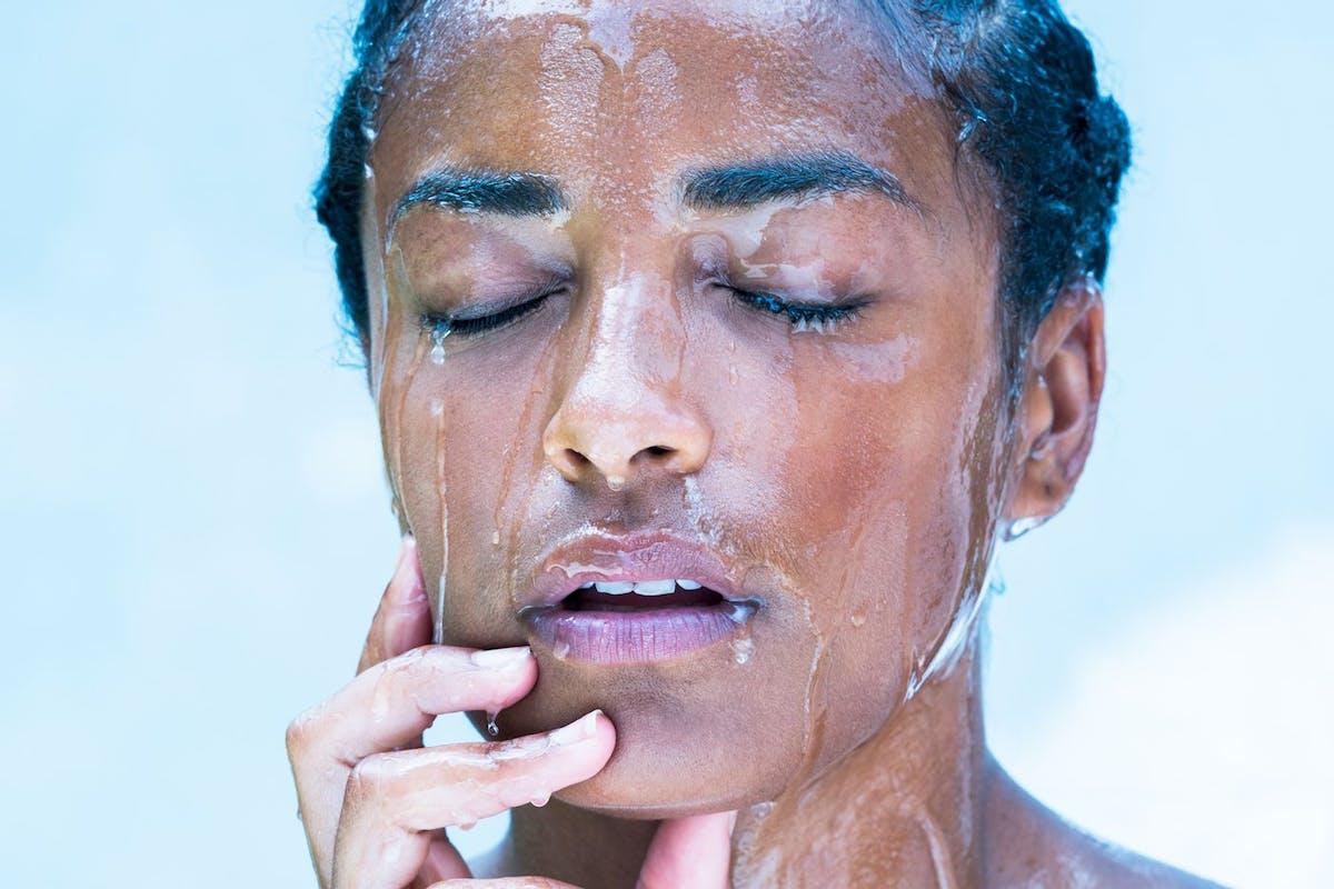 heatwave skin skincare aircon humidity sweat