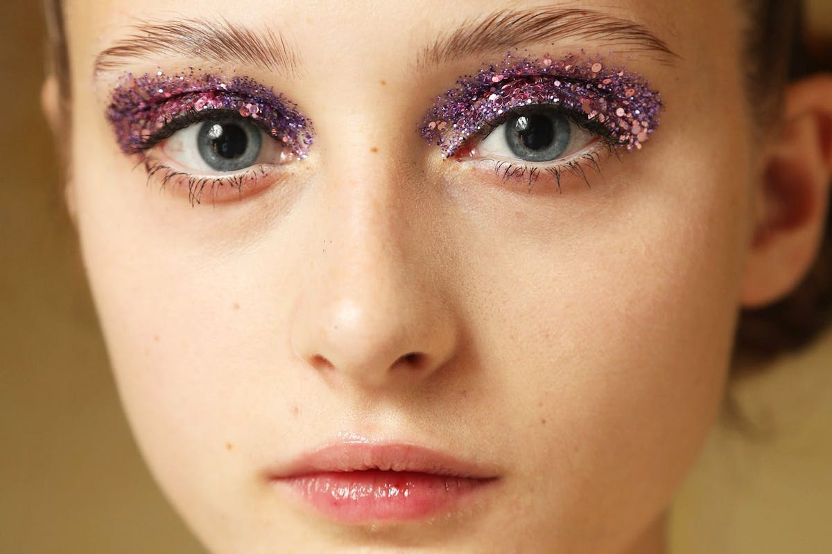 trend on trial glitter eye undercover
