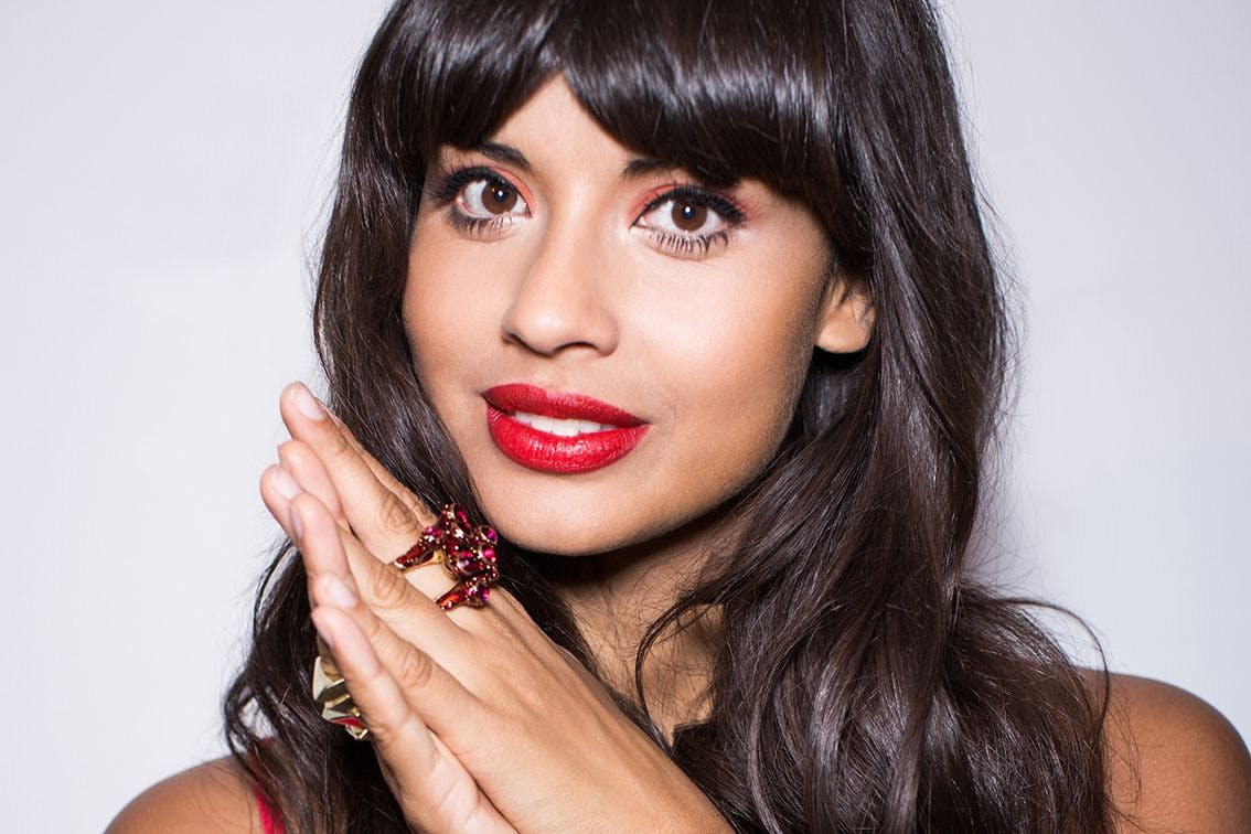 "Jameela Jamil urges fans to unfollow these ""triggering"" celebrities on social media"