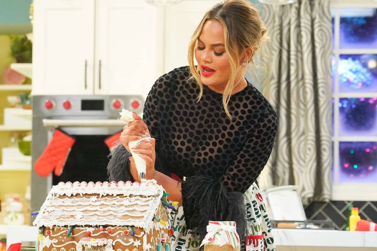 Chrissy Teigen will front a new cooking show