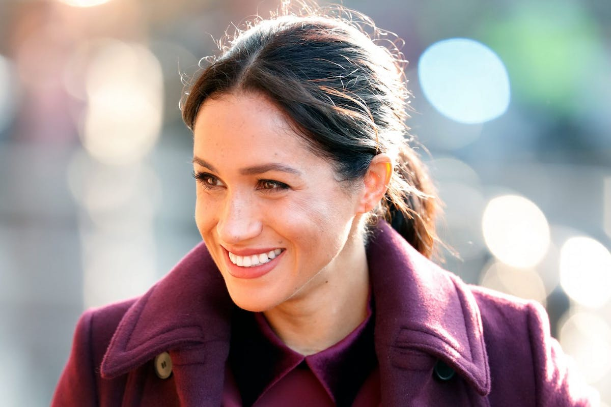 LONDON, UNITED KINGDOM - NOVEMBER 21: (EMBARGOED FOR PUBLICATION IN UK NEWSPAPERS UNTIL 24 HOURS AFTER CREATE DATE AND TIME) Meghan, Duchess of Sussex visits the Hubb Community Kitchen to see how funds raised by the 'Together: Our Community Cookbook' are making a difference at Al Manaar, North Kensington on November 21, 2018 in London, England. Together: Our Community Cookbook features over 50 recipes from women whose community was affected by the Grenfell Tower fire in 2017. (Photo by Max Mumby/Indigo/Getty Images)