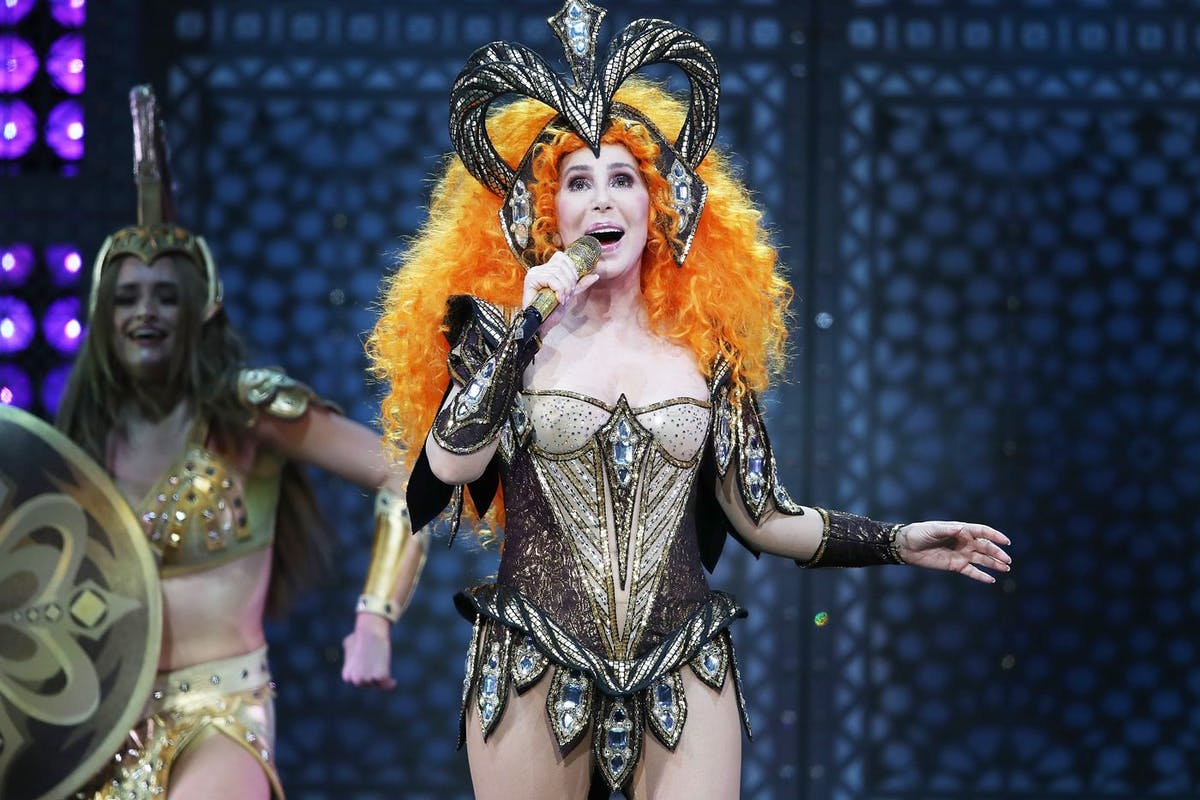 How to actually get tickets for Cher's Here We Go Again Tour
