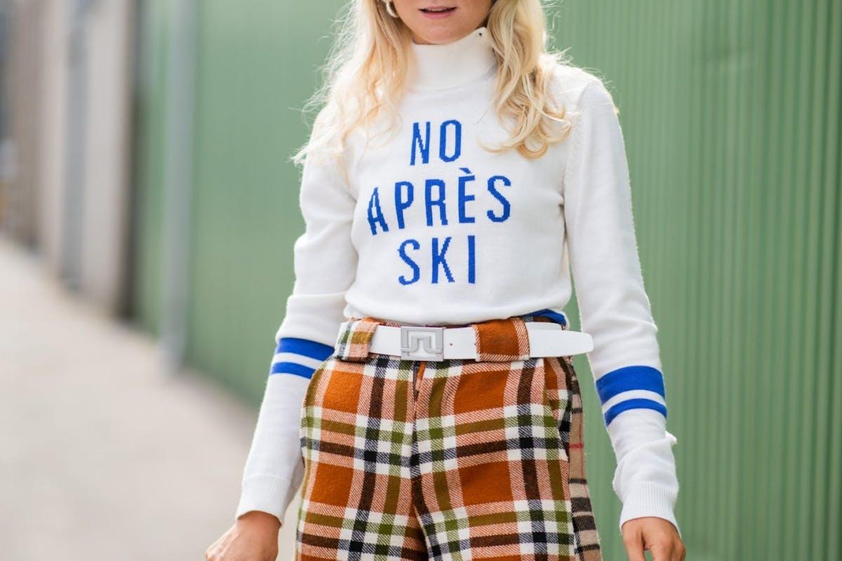 Street style ski outfit