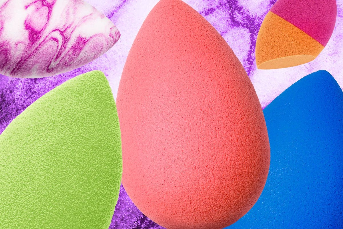 how-to-clean-your-beautyblenders-and-makeup-sponges-quickly-and-properly-at-home