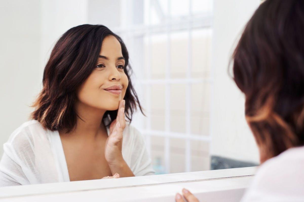 Guide to bakuchiol skincare - the natural retinol alternative