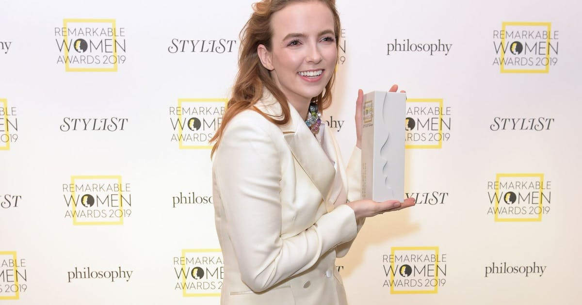 Jodie Comer just accepted her first ever award, and it was very emotional