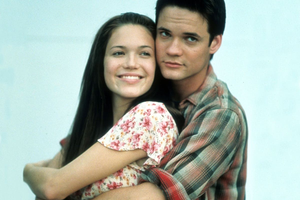 Shane West and Mandy Moore in Walk to Remember