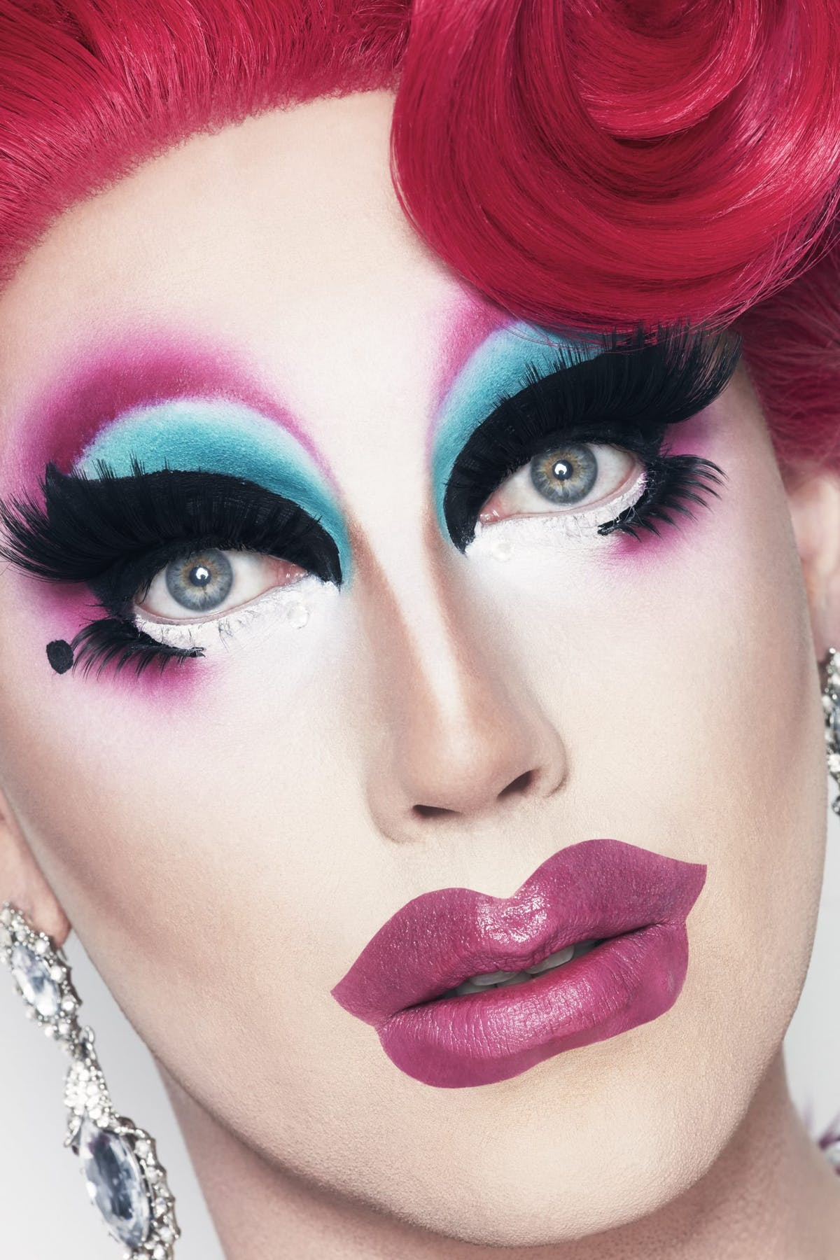 Best drag queen makeup tips and techniques - Drag queens share