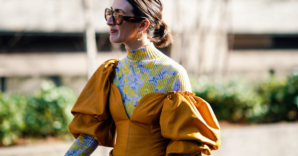 4 easy ways to wear this season's puff sleeve top