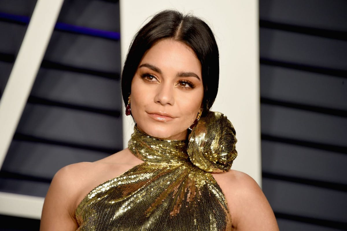 BEVERLY HILLS, CA - FEBRUARY 24: Vanessa Hudgens attend the 2019 Vanity Fair Oscar Party hosted by Radhika Jones at Wallis Annenberg Center for the Performing Arts on February 24, 2019 in Beverly Hills, California. (Photo by Gregg DeGuire/FilmMagic)