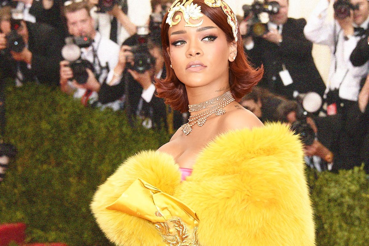 Rihanna in Guo Pei haute couture at the 2015 Met Gala