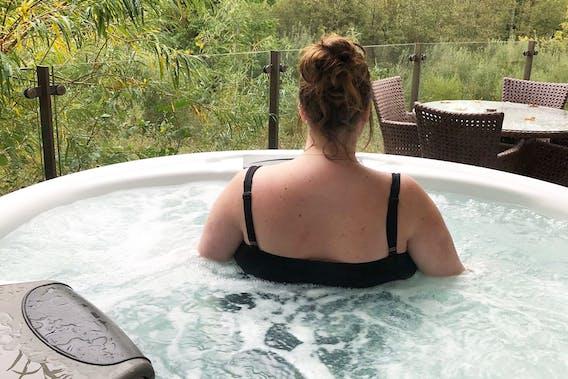 Chubby hot tub