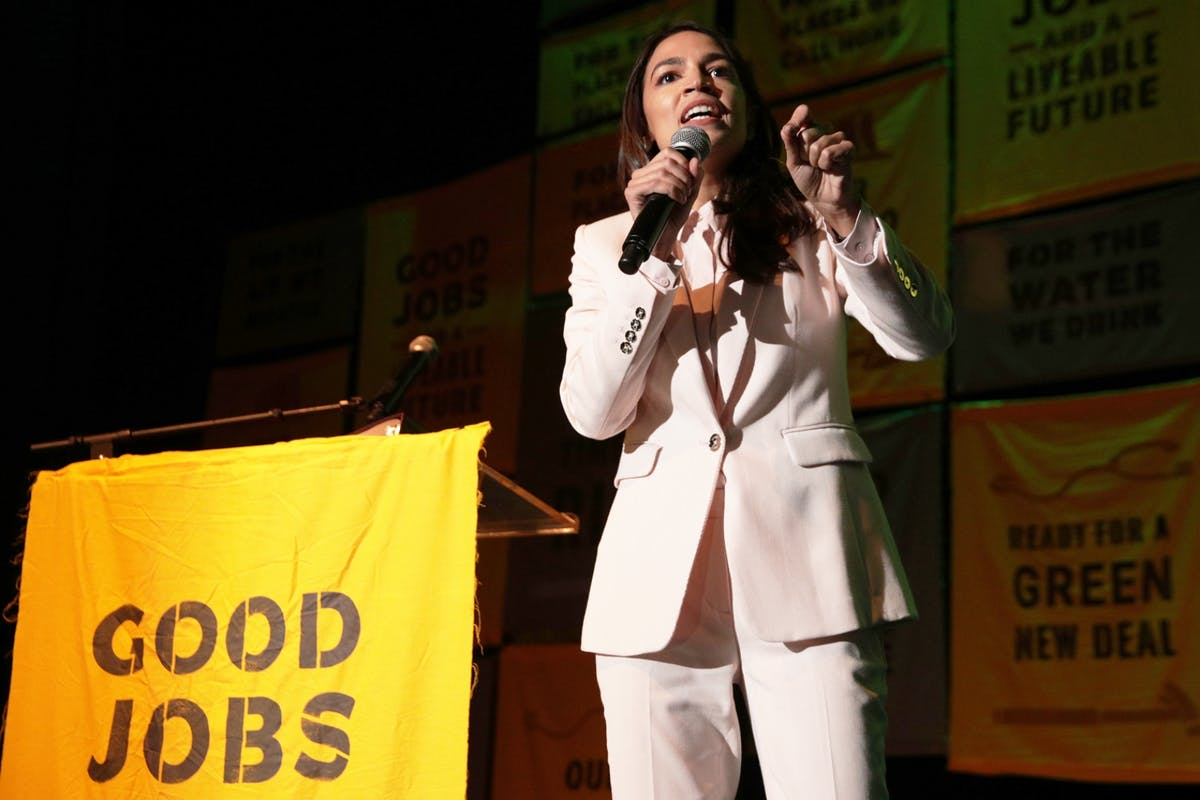 Alexandria Ocasio-Cortez makes a speech to rally support for her Green New Deal