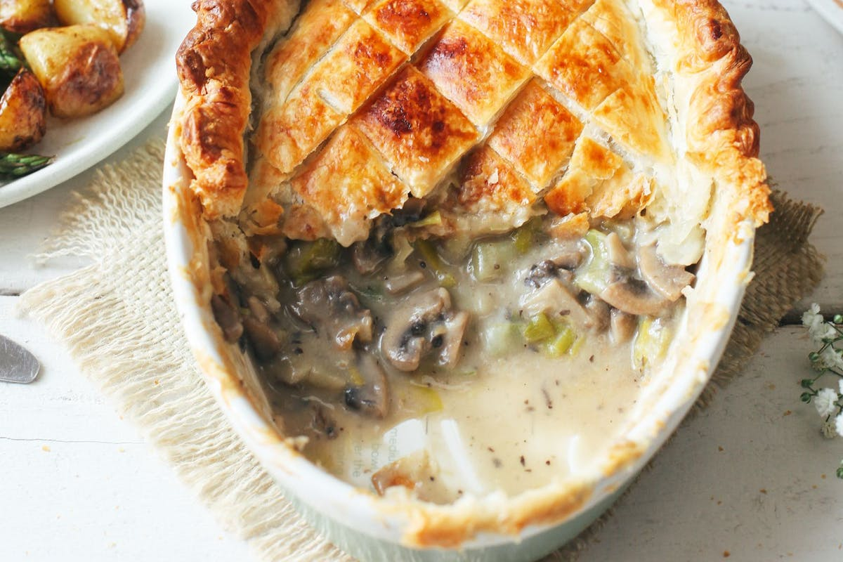 Comforting vegan mushroom and leek pie recipe