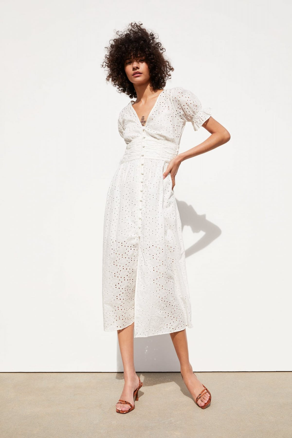 318c1288a Naturally this one is selling out fast so you'll have to be quick. Puff  sleeves, nipped in waist, covered buttons and of course the broadarie  anglaise style ...
