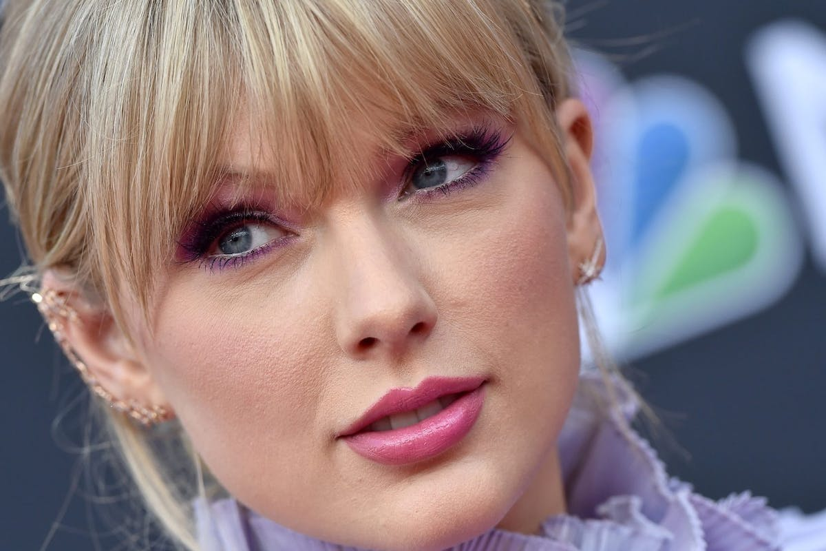 Taylor Swift LGBTQ post