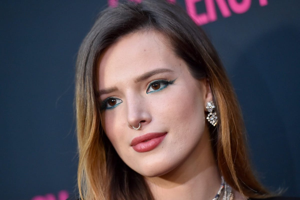 Bella Thorne responds to revenge porn with nude photos on ...