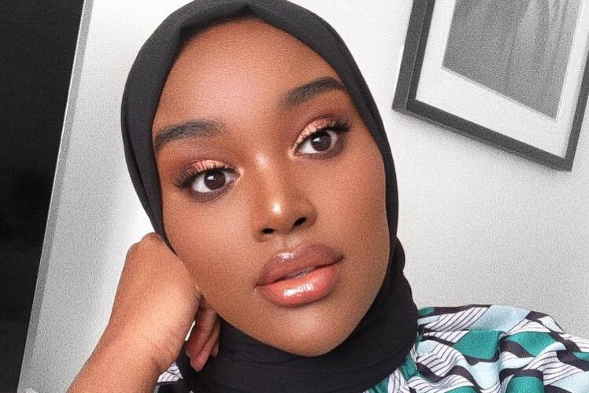 Beauty blogger Hani Sidow