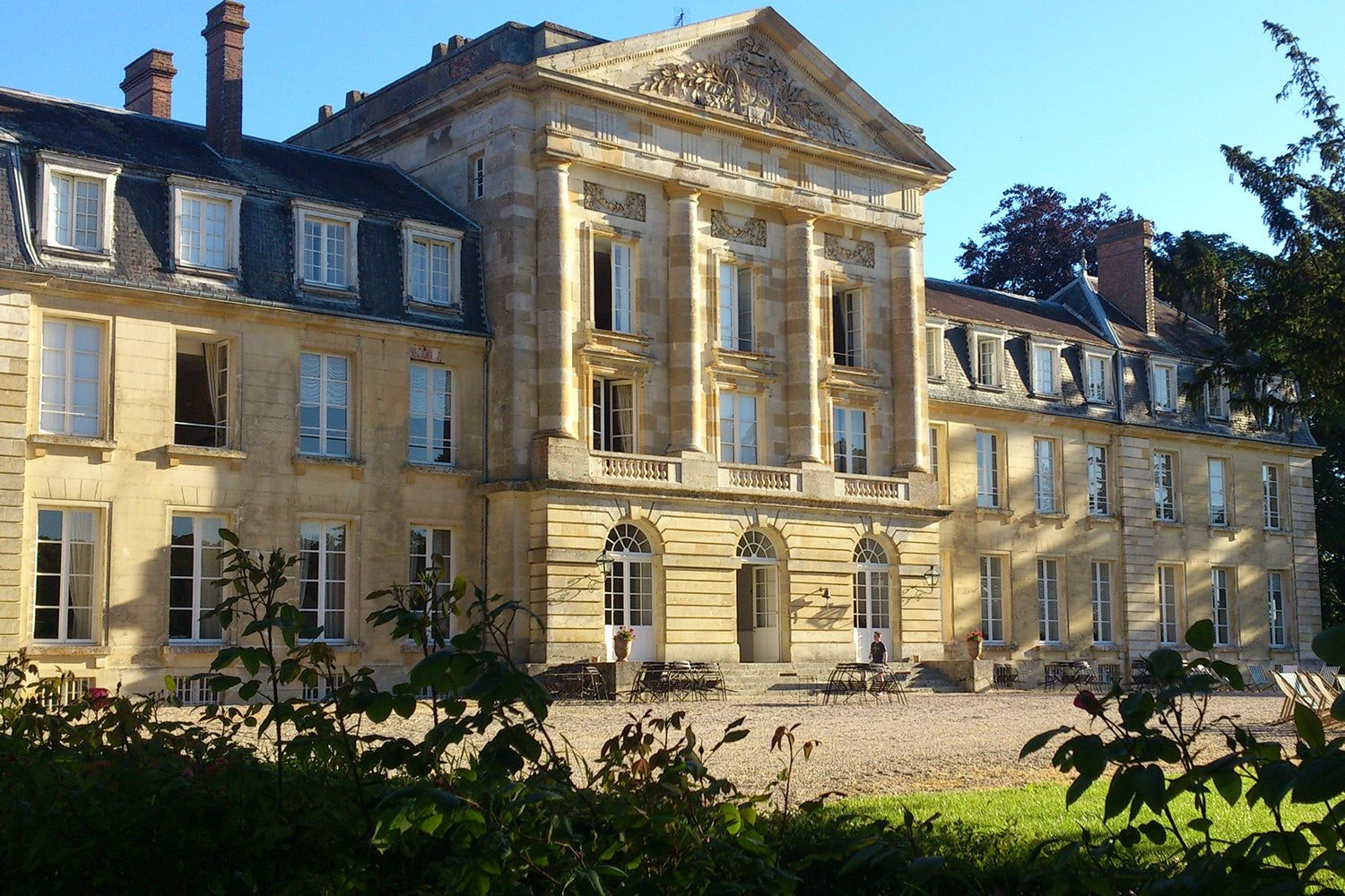 French Chateaus To Rent For Group Holidays Or Wedding Venues