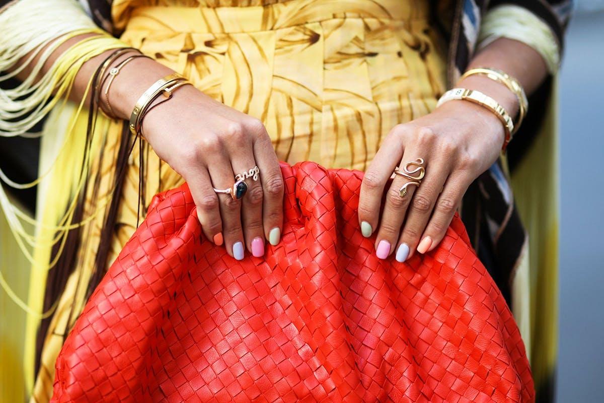 pastel-rainbow-nail-art-inspiration-instagram-manicure-trend