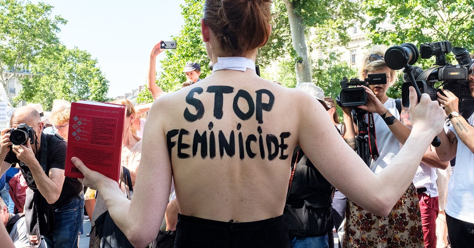 French activists are protesting to end femicide for good