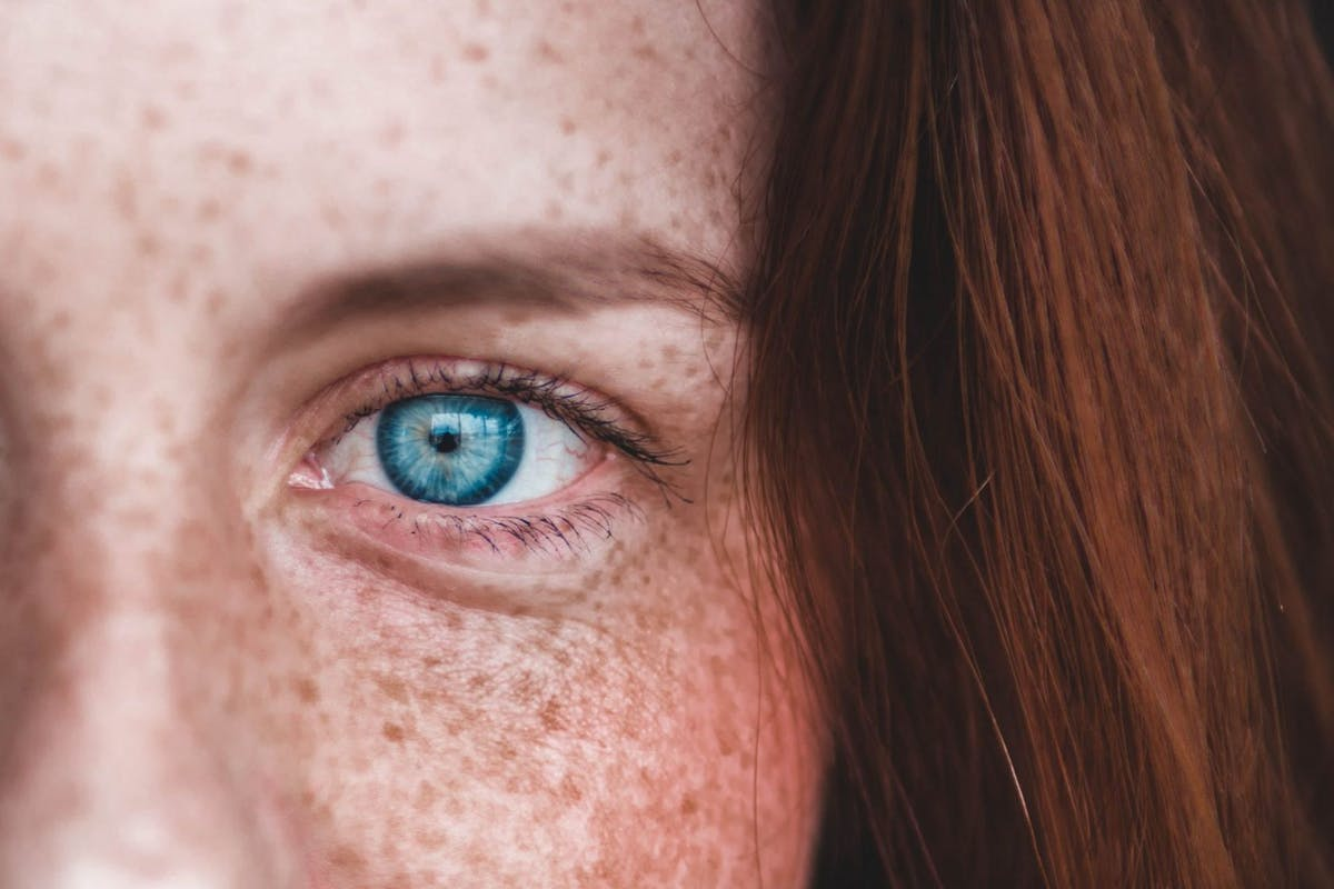 How I mastered applying fake freckle make-up, and which tools to use