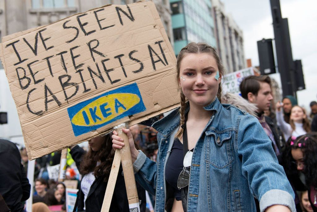 The most imaginative, hilarious and feminist signs from the London strike for climate change