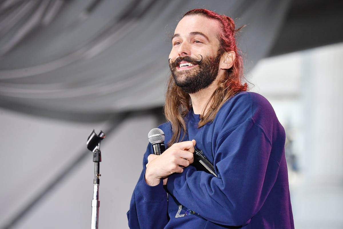 This video of Jonathan Van Ness speaking to Elizabeth Warren for the first time is the positive energy the world needs today