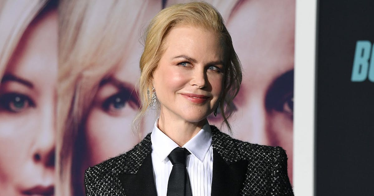 Nicole Kidman just wore her natural curly hair on holiday