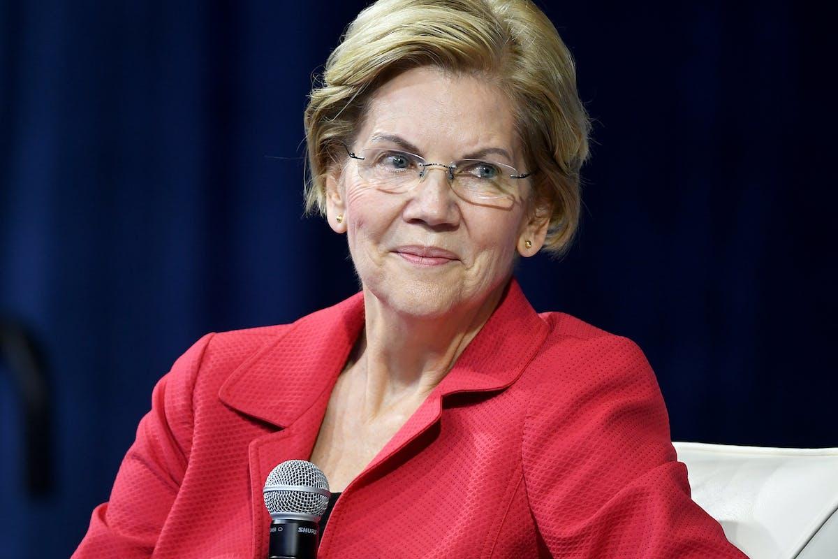 Elizabeth Warren 2020: senator responds to cougar smear with perfect clapback