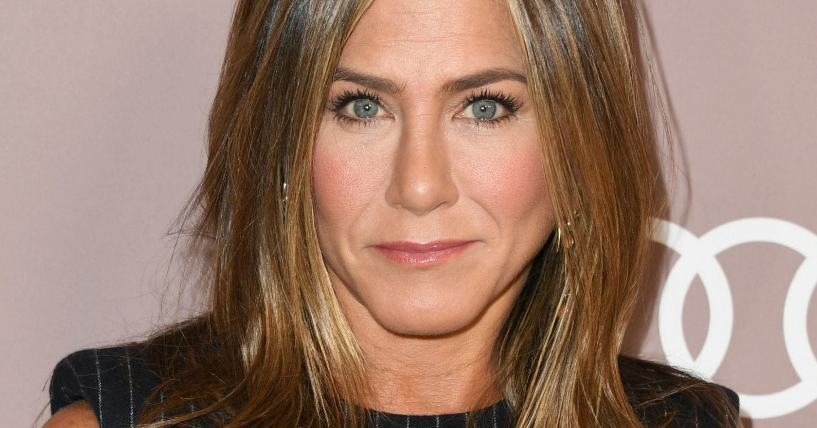We need to talk about Jennifer Aniston's incredible speech on what she would tell her younger self
