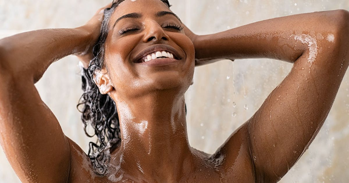 How to treat an itchy scalp: the surprising causes and all the best products