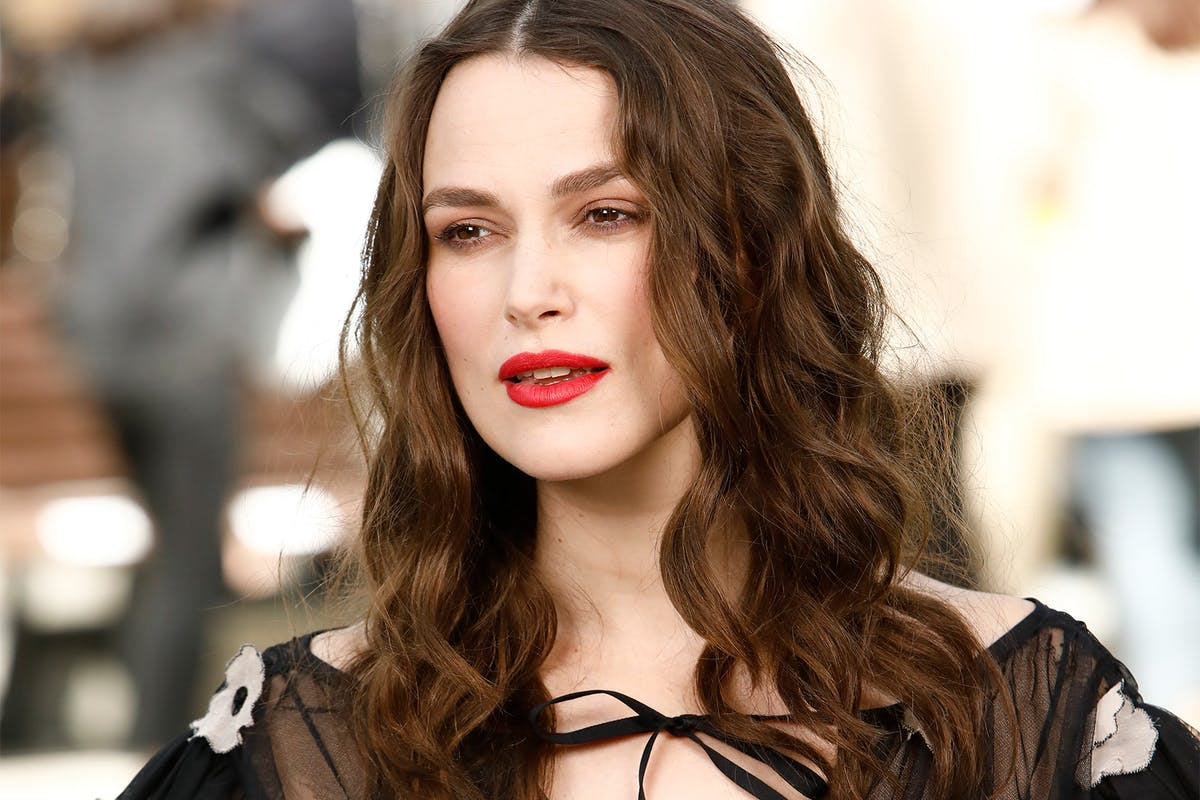 Keira Knightley plays Sally Alexander in Misbehaviour