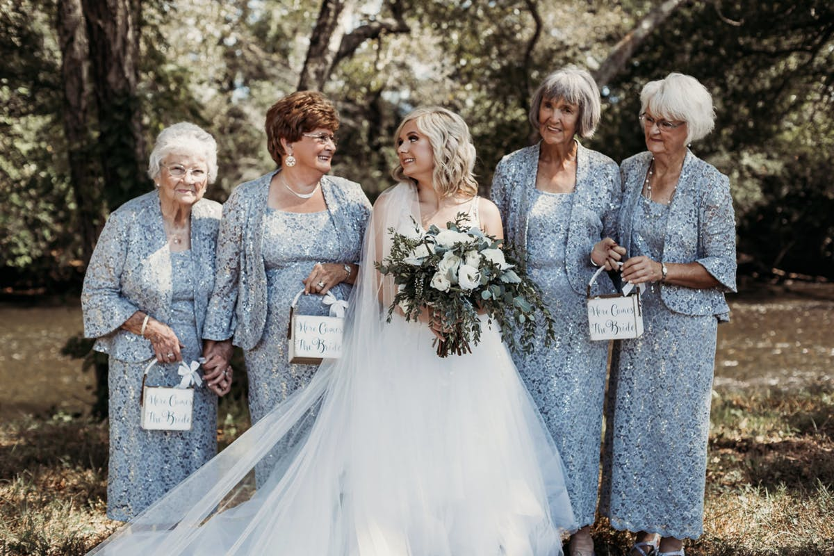 Bride enlists her four grandmothers to be her bridesmaids, and the pictures are beautifu