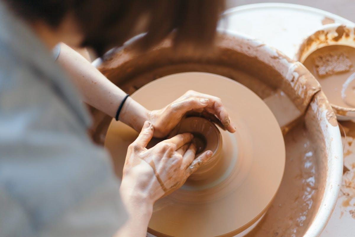 Best ceramicists to follow Instagram