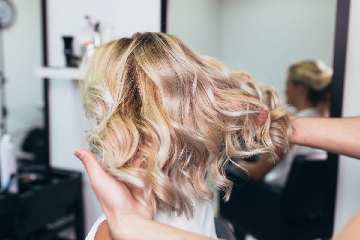 tweed-hair-blonde-balayage