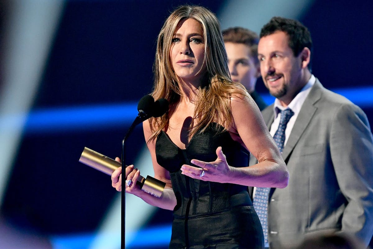 Jennifer Aniston was honoured with the People's Icon Award at the 2019 E! People's Choice Awards.