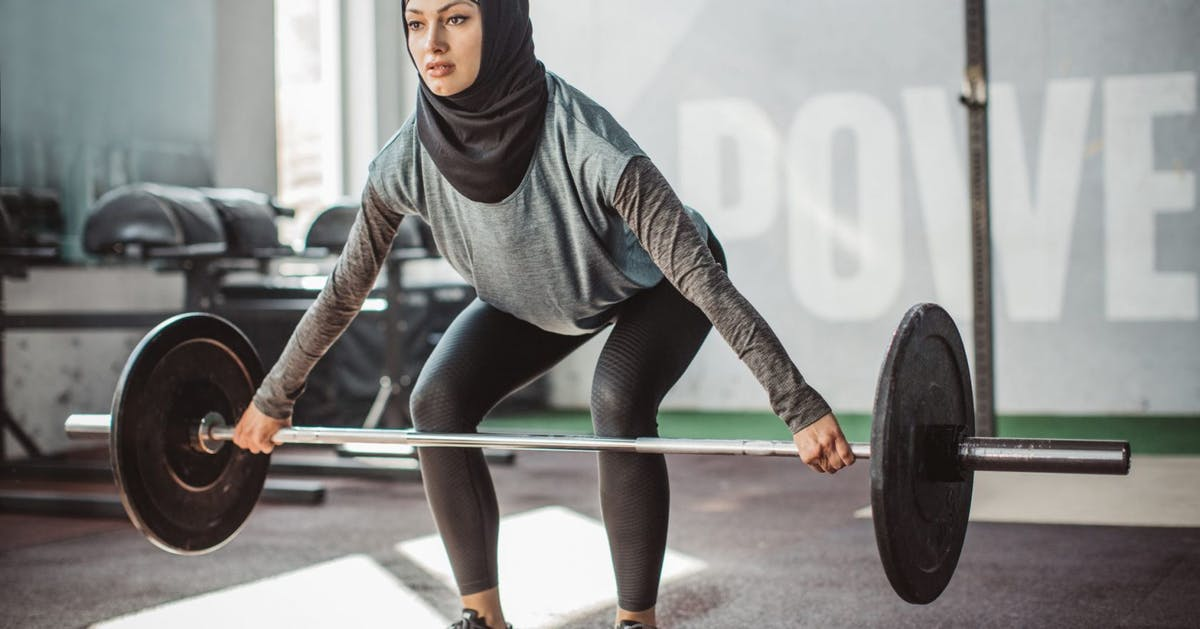 What muscles do deadlifts work? Fitness trainers answer your most googled questions