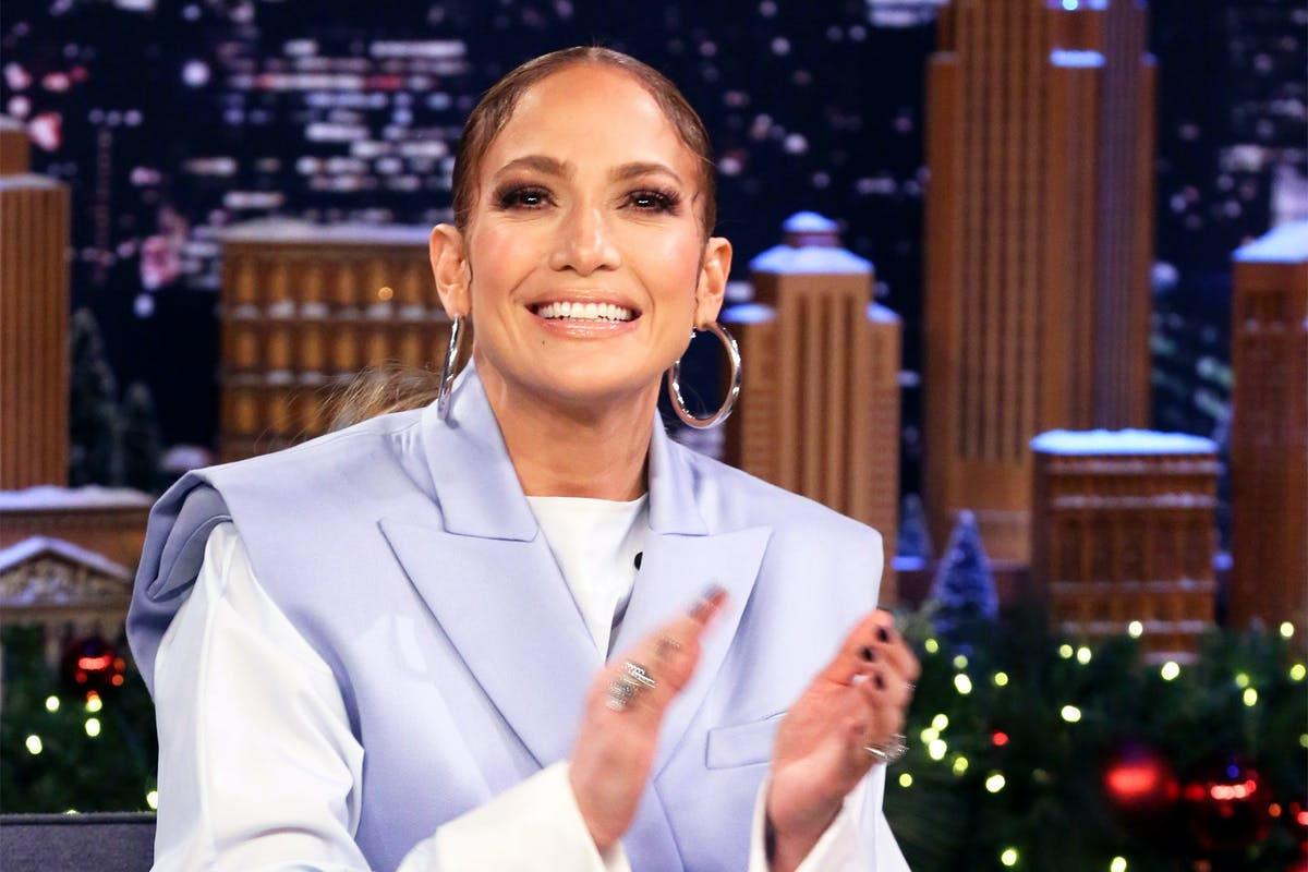 This pilot asked everyone on board to watch Hustlers – and Jennifer Lopez absolutely loved it
