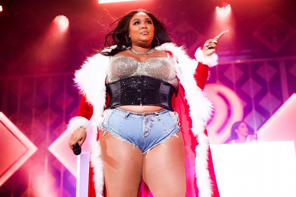 "Lizzo's response to those criticising her ""inappropriate"" outfit is a masterclass in self-love"