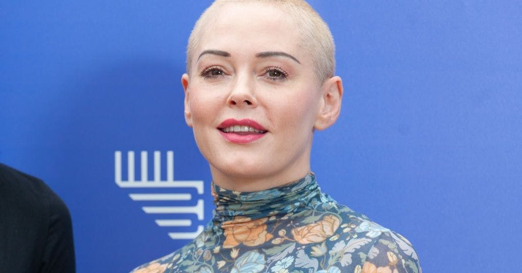 Rose McGowan just expertly summed up the difference between flirting and harassment