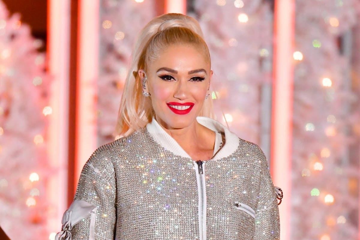 Gwen Stefani age-shamed for NYE performance