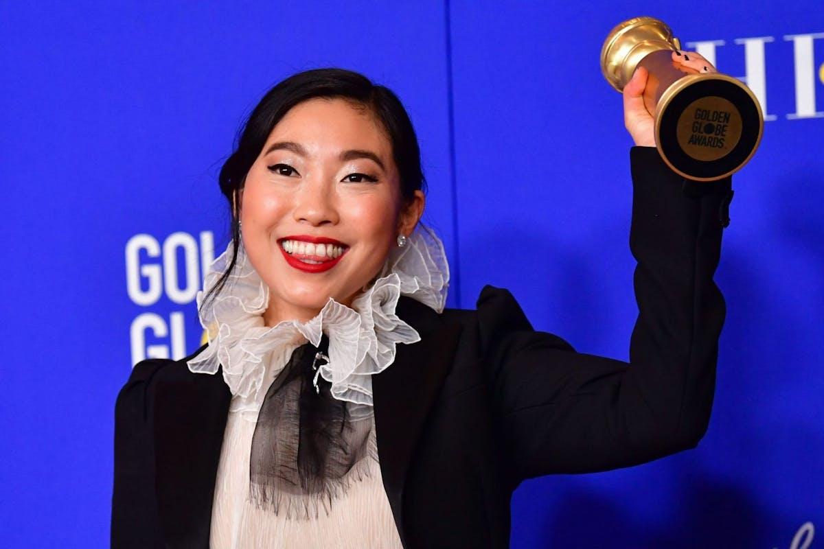 Image result for awkwafina golden globes 2020