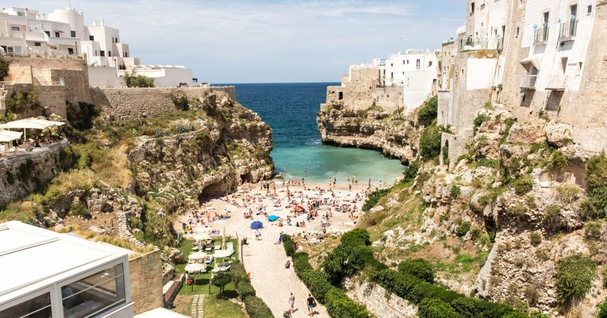 Alternative travel destinations you can get to by travel, from London