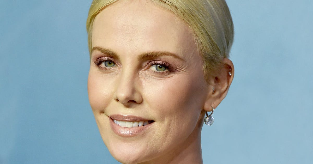 This is why Charlize Theron wore a Tiffany's bracelet in her hair at the SAG Awards